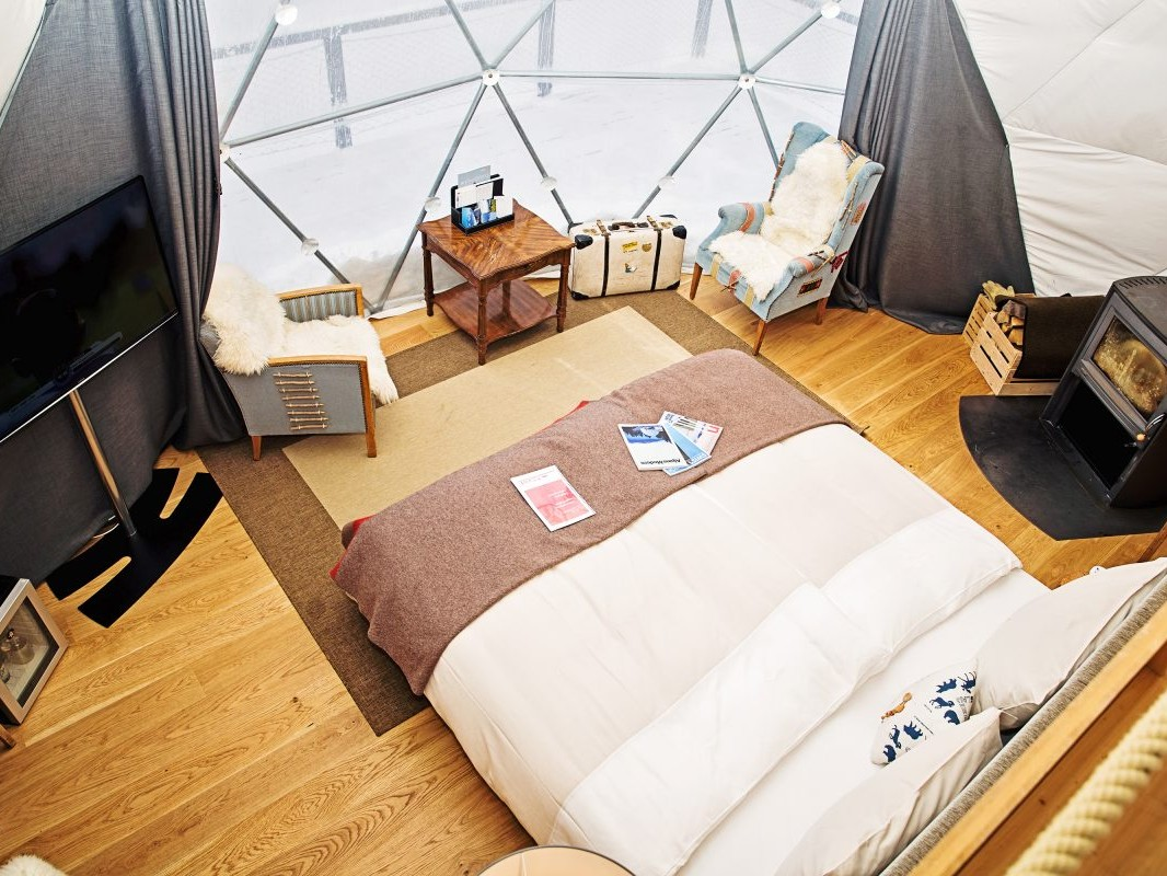 Whitepod room Swiss Alpine Experience, Planify, Group travel Itinerary Solution